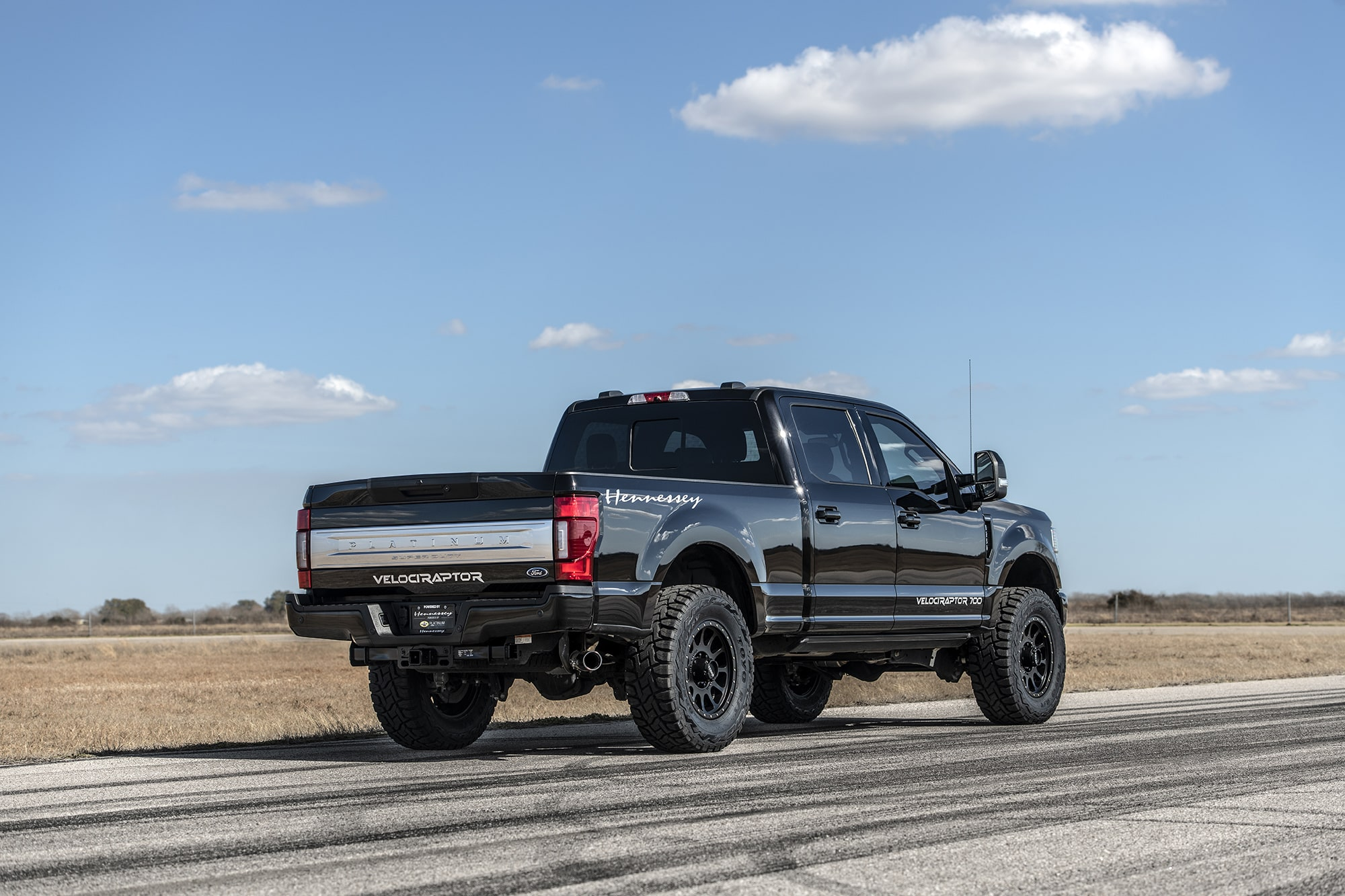 2021 Ford F-250 and F-350 Upgrade by Hennessey