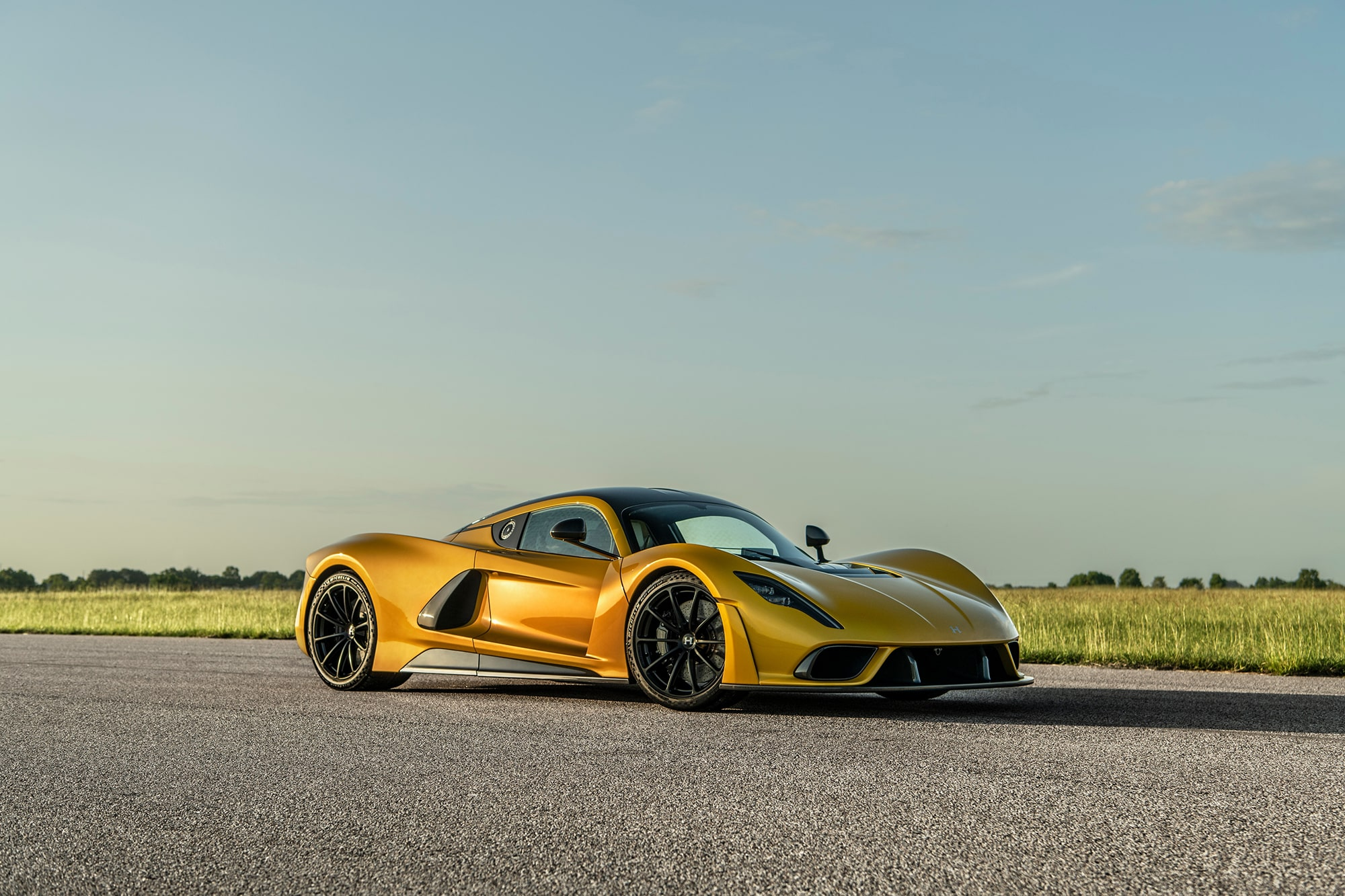 Hennessey Venom F5 Chassis Number 3 in Mojave Gold